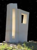 Oamaru stone (1085mm x 690mm x 225mm)